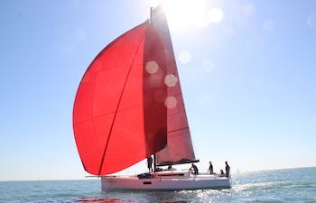 Stage de voile en voilier performant aux Antilles de la Martinique à La Guadeloupe (One way)